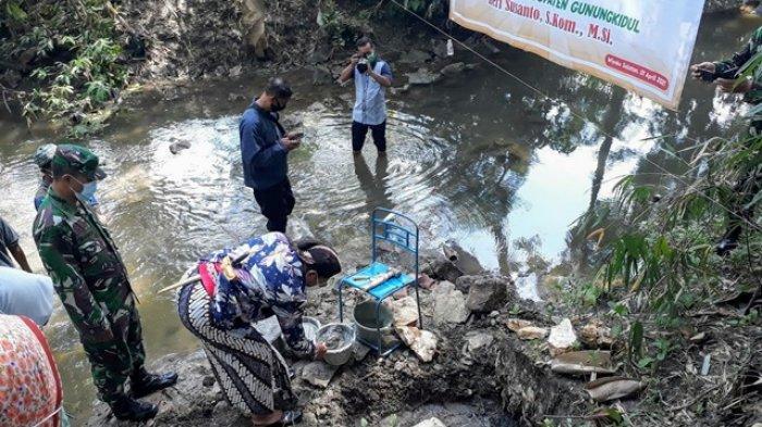 Jaga Pakan Ternak, DPP Gunungkidul Bangun Damparit di Plembutan Playen