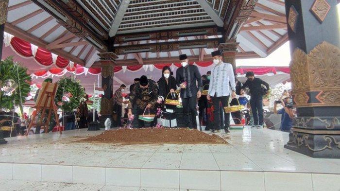 Jenazah Mertua Presiden ke-6 RI Susilo Bambang Yudhoyono Dimakamkan di Pemakaman Keluarga Purworejo