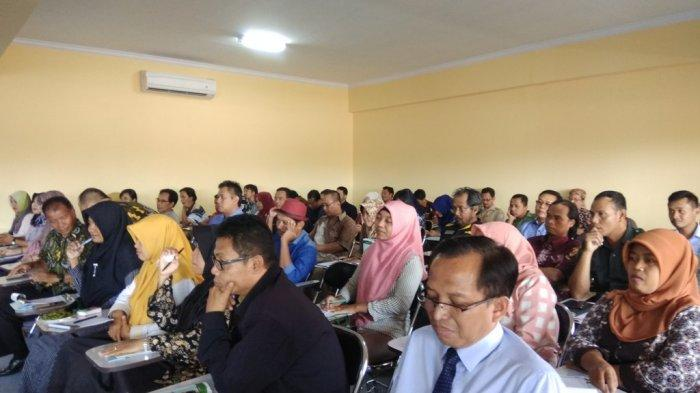 STIE Mitra Indonesia Dorong BUMDes Manfaatkan Media Sosial