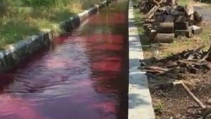 Penampakan air saluran irigasi di Desa Ngreden, Kecamatan Wonosari, Kabupaten Klaten berwarna merah, Kamis (16/9/2021).