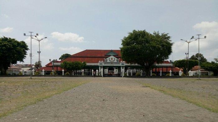 TRIBUN WIKI : Menelisik Sejarah dan Filosofi yang Ada di Alun-Alun Utara Yogyakarta