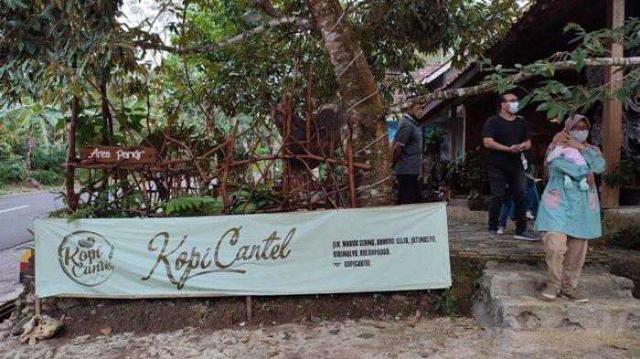 Melepas Penat Kopi Cantel Kulon Progo, Warung Kuliner Bernuansa Pedesaan di Lereng Bukit Menoreh