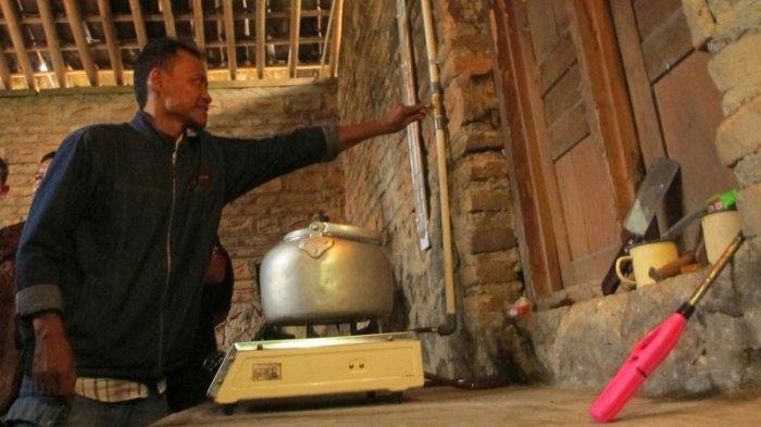 Warga Mundu Manfaatkan Limbah Ternak Jadi Pengganti LPG