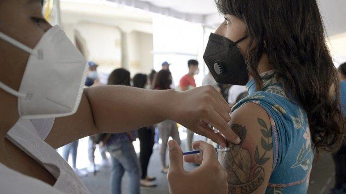 Vaksin Dosis Ketiga atau Booster Apa Fungsinya? Berikut Syarat Mendapatkannya