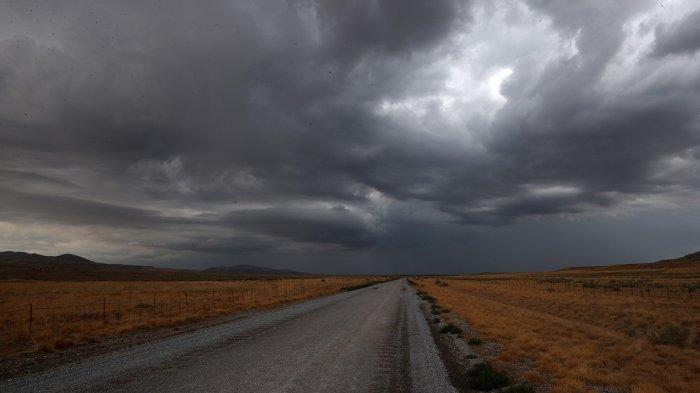 Ramalan Cuaca Sabtu 18 September 2021, BMKG Prediksi 22 Wilayah Diguyur Hujan Lebat