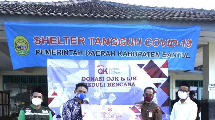 OJK dan IJK Berikan Donasi Rp 150 Juta untuk Sonjo, Dukung Operasional Relawan di Selter Desa