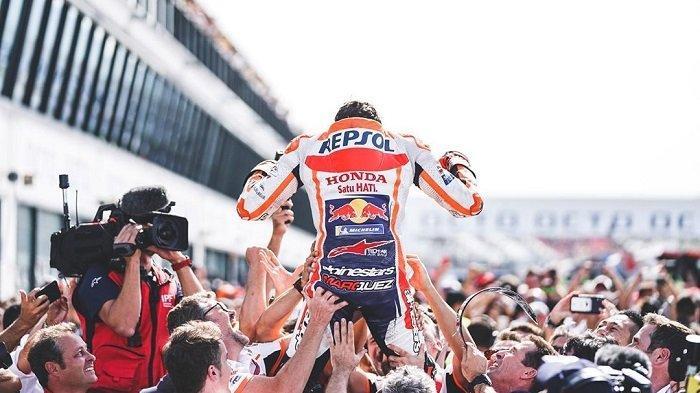 Momen saat Marc Marquez menjadi juara dunia MotoGP 2019 di seri Buriram.