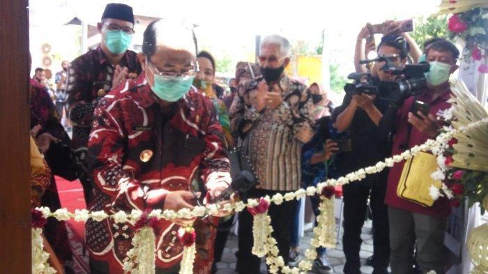 Bupati Sutedjo Resmikan Galeri Lestari sebagai Wadah UMKM Kulon Progo
