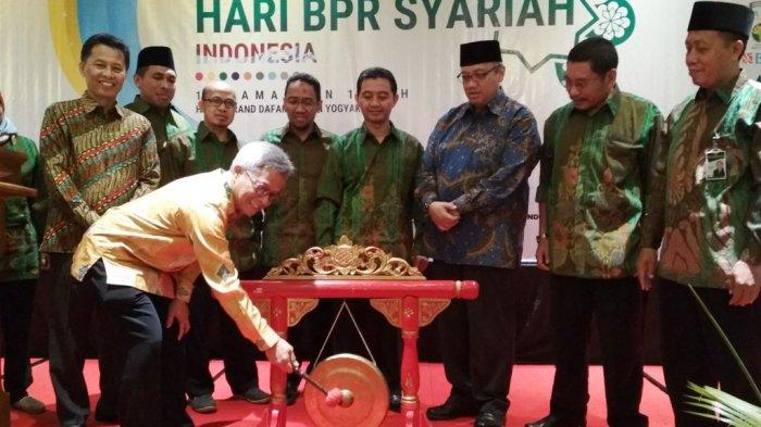 Asbisindo Tetapkan Hari BPR Syariah Indonesia