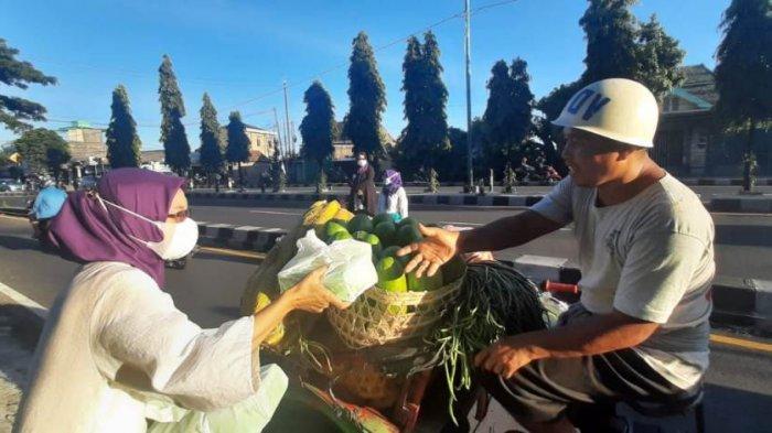 Peringati Hari Kartini, DPW Perempuan Bangsa DI Yogyakarta Berbagi Takjil