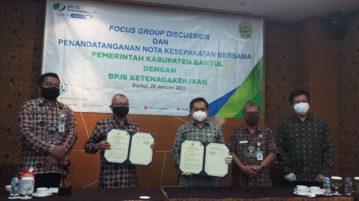 Perluas Kepesertaan Tenaga Kerja, BP Jamsostek Yogyakarta dan Pemkab Bantul Lakukan MoU