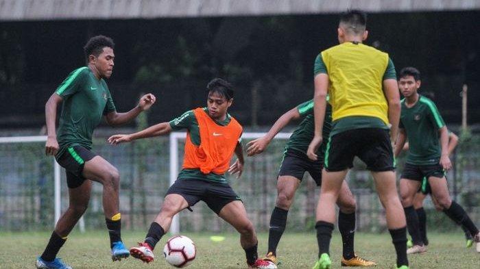 Persiapan Kualifikasi Piala Asia U-19 2020, Fakhri Husaini Panggil Dua Mantan Anak Asuhnya