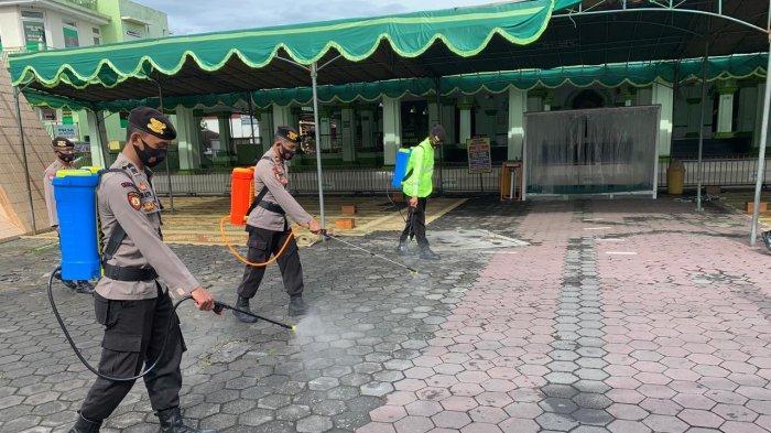 Jelang Jateng di Rumah Saja, Polres Magelang Kota Disinfeksasi Sejumlah Fasilitas Publik