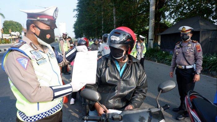 Penyekatan PPKM Darurat di Prambanan Klaten, 97 Mobil dan Motor Diputar Balik ke DI Yogyakarta
