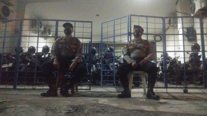 Polisi Gerebek Kantor Pinjol Ilegal di Ruko Sleman - pinjol.jpg