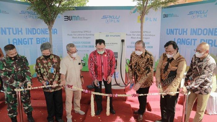 Dukung Pengembangan Kendaraan Listrik, PLN Tambah 4 SPKLU di Tol Surabaya-Jakarta