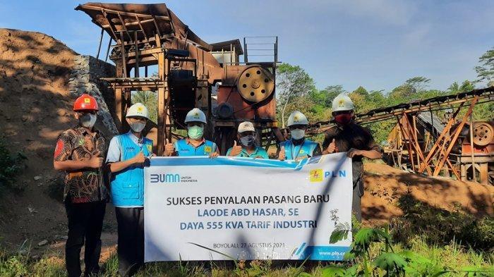 PLN Lakukan Energize Industri Pemecah Batu