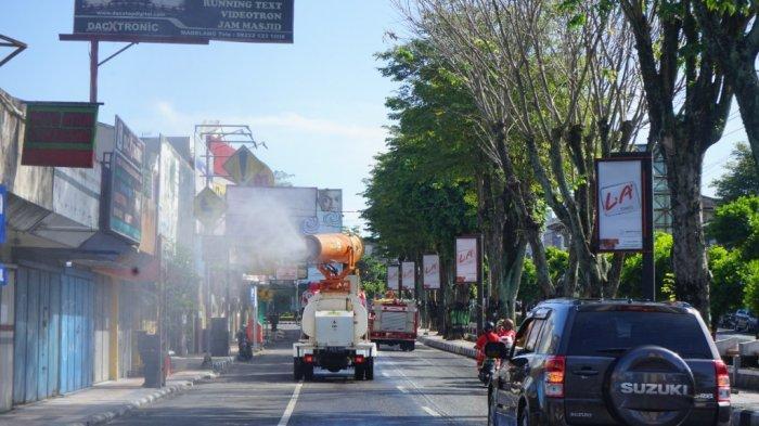 Cegah Penyebaran Covid-19 Makin Meluas, Polres Kota Magelang Lakukan Penyemprotan Disinfektan