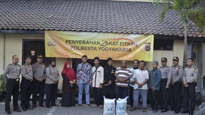 Polresta Yogyakarta Kumpulkan Uang dari Tiap Personel untuk Berzakat