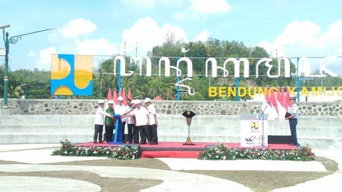 BREAKING NEWS : Presiden Jokowi Resmikan Bendung Kamijoro di Kulonprogo