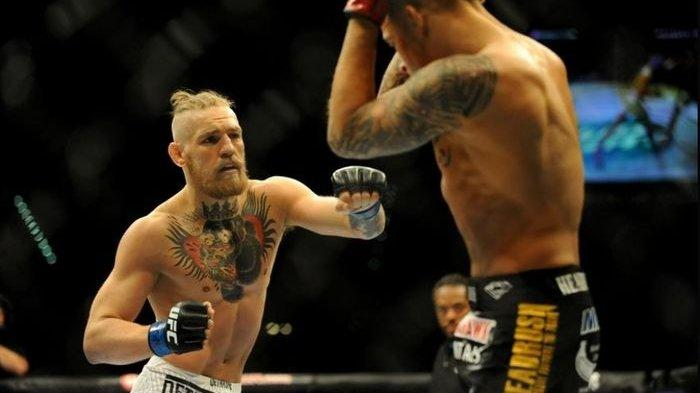 Laga UFC 178 (27/9/2014) antara Conor McGregor vs Dustin Poirier.