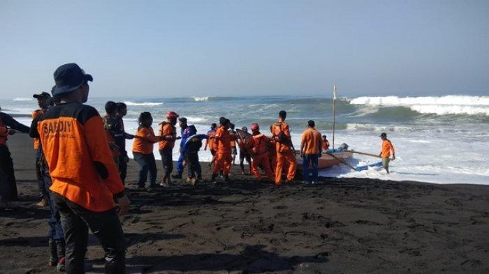 Pencarian Korban Tenggelam Di Pantai Baru Bantul Terkendala Ombak Dan Angin Kencang Tribun Jogja