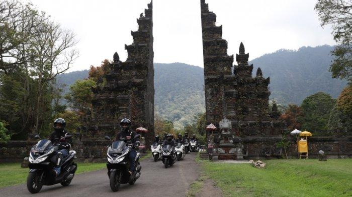 Puluhan Bikers Ikuti PCX Luxurious Trip di Bali