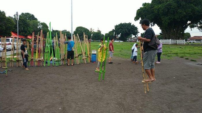 Raja Egrang Setia Ajak Generasi Milenial Mengenal Permainan Tradisional Tribun Jogja