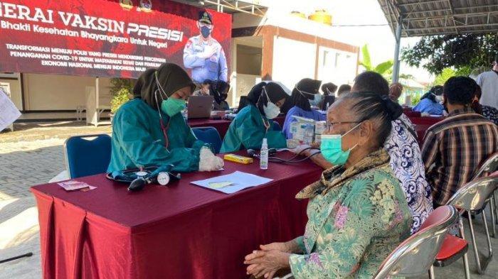 Ratusan Warga Ikuti Vaksinasi COVID-19 di Polres Klaten