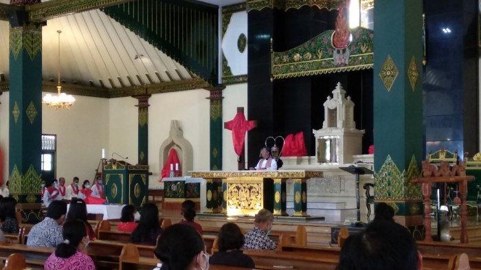 Rayakan Jumat Agung, Umat Gereja Ganjuran Diajak untuk Menghayati Salib