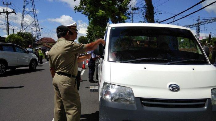 Razia Gabungan di Jalan Parangtritis, Petugas Tekankan Tindakan Tilang