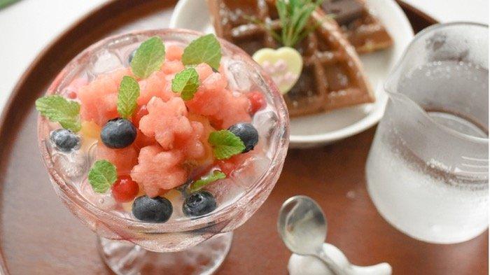 Haruskah Buka Puasa Selalu dengan Makanan atau Min