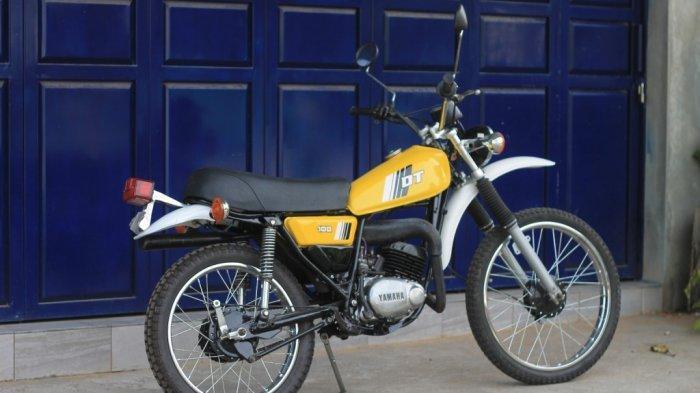 Restorasi Yamaha DT 100 : Motor Trail Tua Idaman Kawula Muda