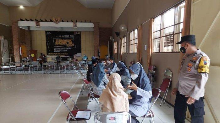 Ribuan Santri dan Pelajar Ikuti Vaksinasi Massal yang Digelar Polres Magelang