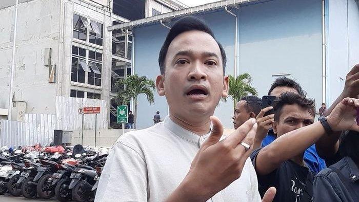 Omzet Bisnis Kuliner Ruben Onsu Turun hingga Tutup Dua Gerai Ayam Geprek Akibat Virus Corona
