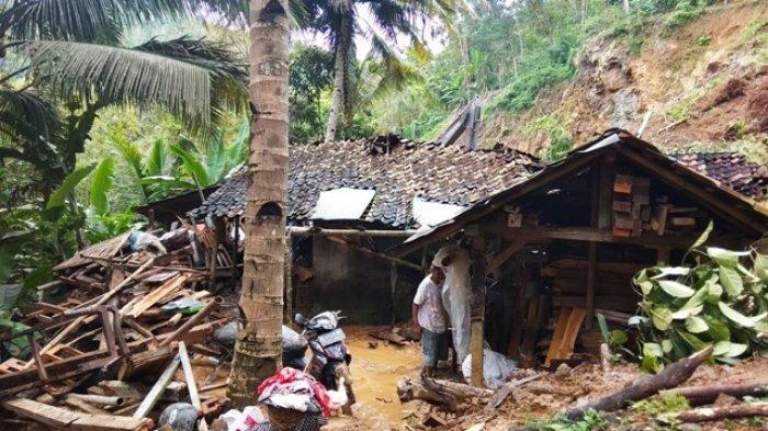BMKG Tetapkan 4 Provinsi di Jawa Masuk Level Siaga Bencana Hidrometeorologi pada 15 September Besok