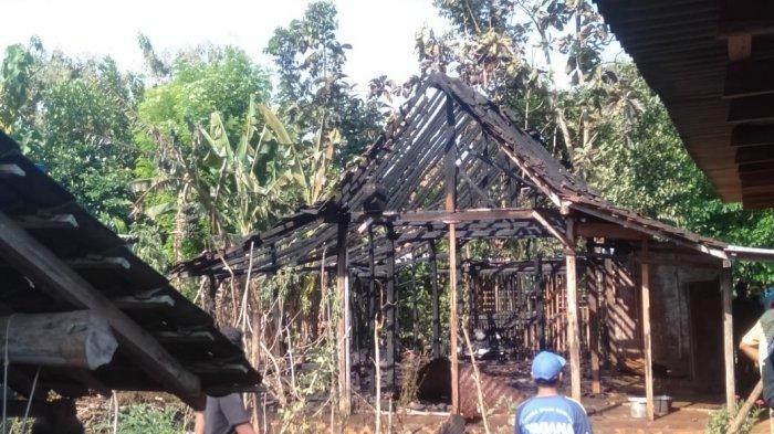 Diduga Karena Korsleting Listrik, Rumah Warga Paliyan Gunungkidul Habis Terbakar