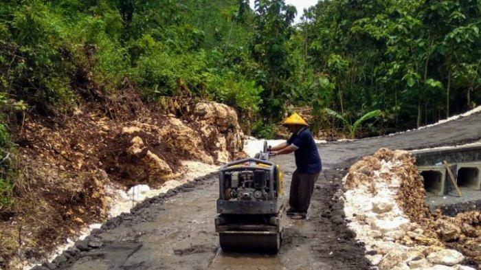 Rusak Parah Akibat Diterjang Banjir, Butuh Anggaran Rp1,8 Miliar untuk Bangun Jembatan Songbanyu