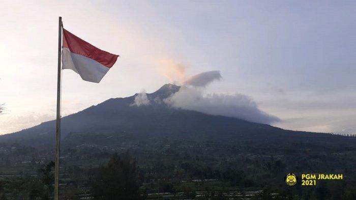 Sabtu 23 Januari 2021 Malam, Gunung Merapi Kembali Luncurkan Awan Panas Sejauh 1 Km
