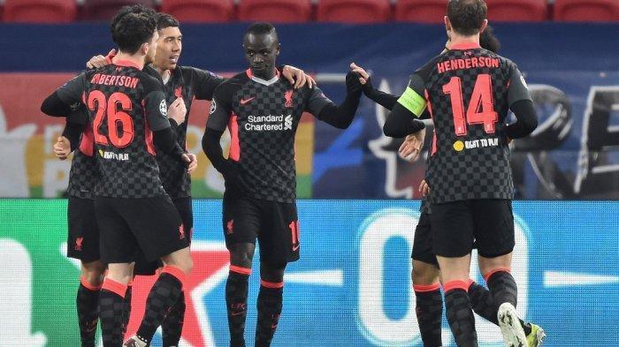Sadio Mane merayakan gol di leg pertama babak 16 besar Liga Champions RB Leipzig vs FC Liverpool di Puskas Arena di Budapest pada 16 Februari 2021.