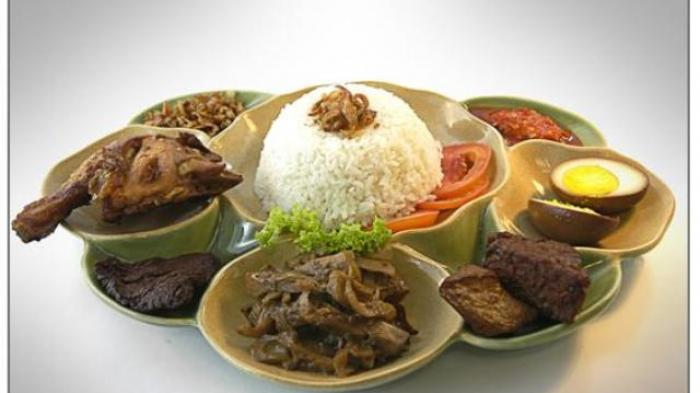 Ini Makanan yang Baik Dikonsumsi saat Sahur dan Berbuka Puasa