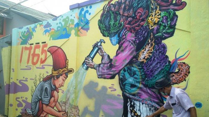 Melihat Mural Kampung Taman di Patehan
