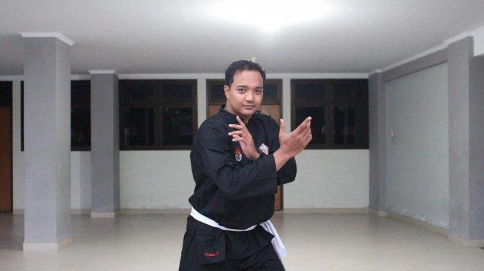 Sambil Penelitian Disertasi, Atlet Silat Firdhana Wahyu Putra Siapkan Fisik untuk PON