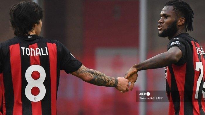 Sandro Tonali dan Franck Kessie berpeluang tampil bersama saat AC Milan vs Lazio, Minggu (12/9/2021)