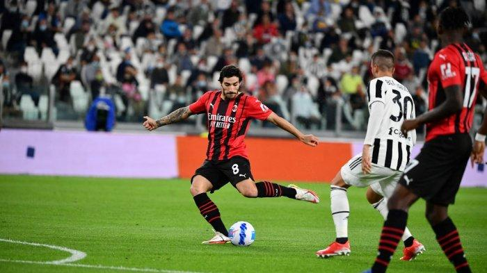 Sandro Tonali di LIga Italia Serie A antara Juventus vs AC Milan di stadion Juventus di Turin, pada 19 September 2021.