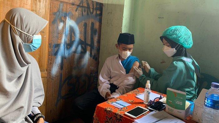 Ratusan Santri Ponpes Baitussalam Prambanan Terima Vaksinasi Covid-19 Dosis Kedua