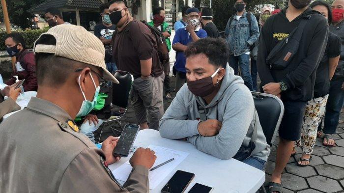PSTKM Jilid Dua, Satpol PP DIY Bakal Sita KTP Wisatawan Yang Tak Patuh Prokes