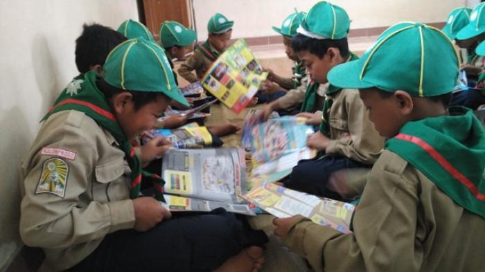 Dewan Pendidikan Magelang Terima Penghargaan dari Taman Bacaan Masyarakat Jateng