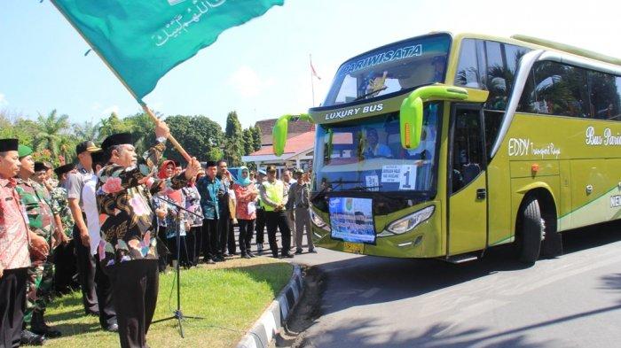 Kloter Pertama Jemaah Haji Kabupaten Magelang Diberangkatkan