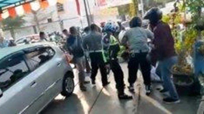 Sedang Dipanasi, Mobil Milik Bank di Solo Dicuri, Pelaku Tertangkap Karena Terjebak Lampu Merah